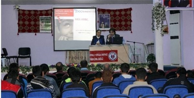"""Elazığ'da Mahkumlara Yönelik """"Akıllı İlaç Kullanımı"""" Semineri Verildi."""